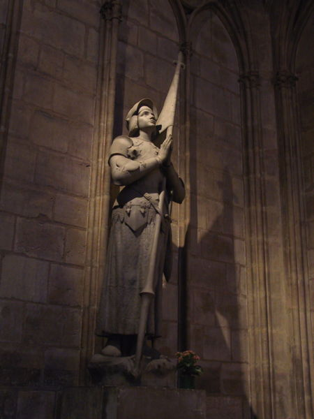 450px-joan_of_arc-notre_dame.jpg